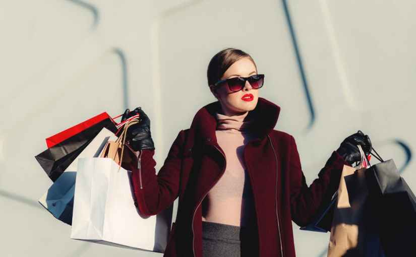 7 types of bags every women shouldhave